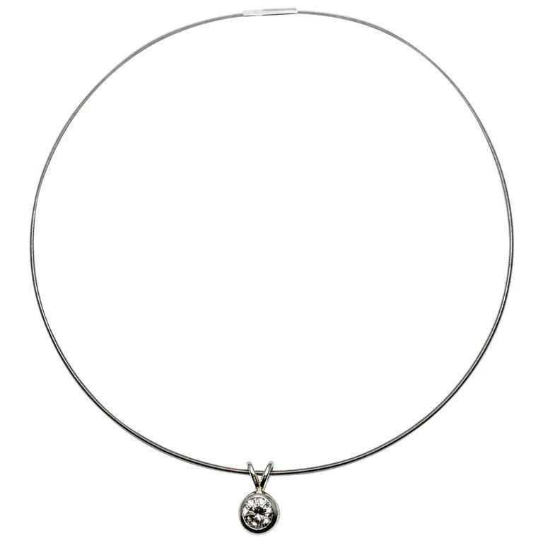 Niessing 1.15 Carat Round Diamond Contemporary Platinum Necklace For Sale