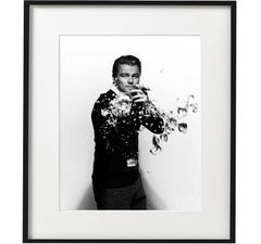 Leonardo DiCaprio spilling - portrait of the Hollywood movie star