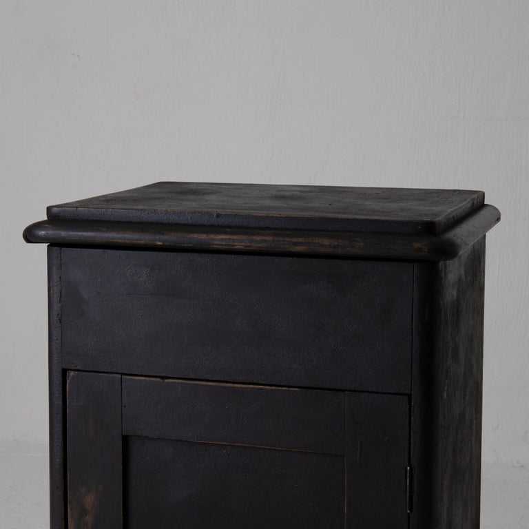 Hand-Painted Nightstand Swedish Black 19th Century Sweden For Sale