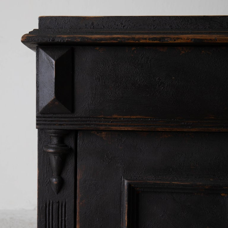 Nightstand Swedish Black, Late 19th Century, Sweden In Good Condition For Sale In New York, NY