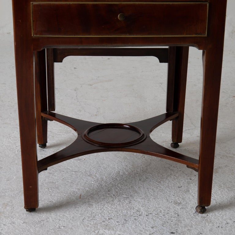 Nightstand Vanity Table Gustavian Swedish Mahogany Brass Lining, Sweden In Good Condition For Sale In New York, NY