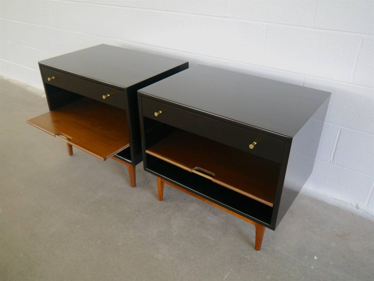 Nightstands by Kipp Stewart In Excellent Condition For Sale In Hadley, MA