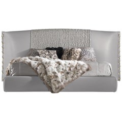 Nilo Bed in Leather and Wood by Roberto Cavalli Home Interiors