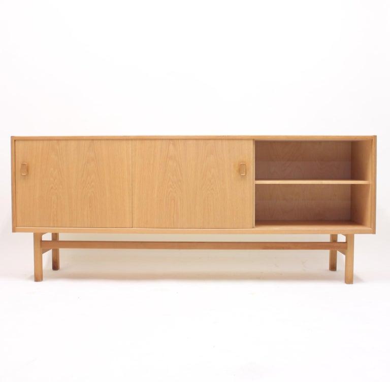Felt Nils Jonsson, Arild Oak Sideboard, Troeds, 1960s For Sale