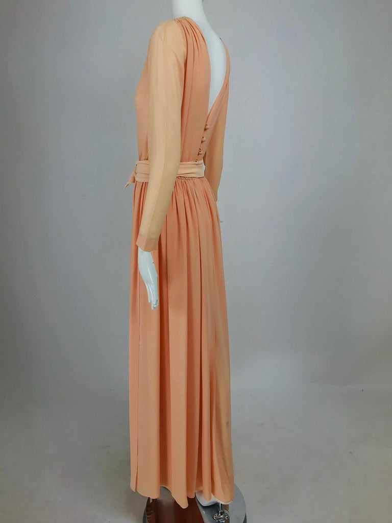 Nina Ricci Haute Boutique Demi Couture Peach Silk Evening Gown 1980s In Excellent Condition For Sale In West Palm Beach, FL