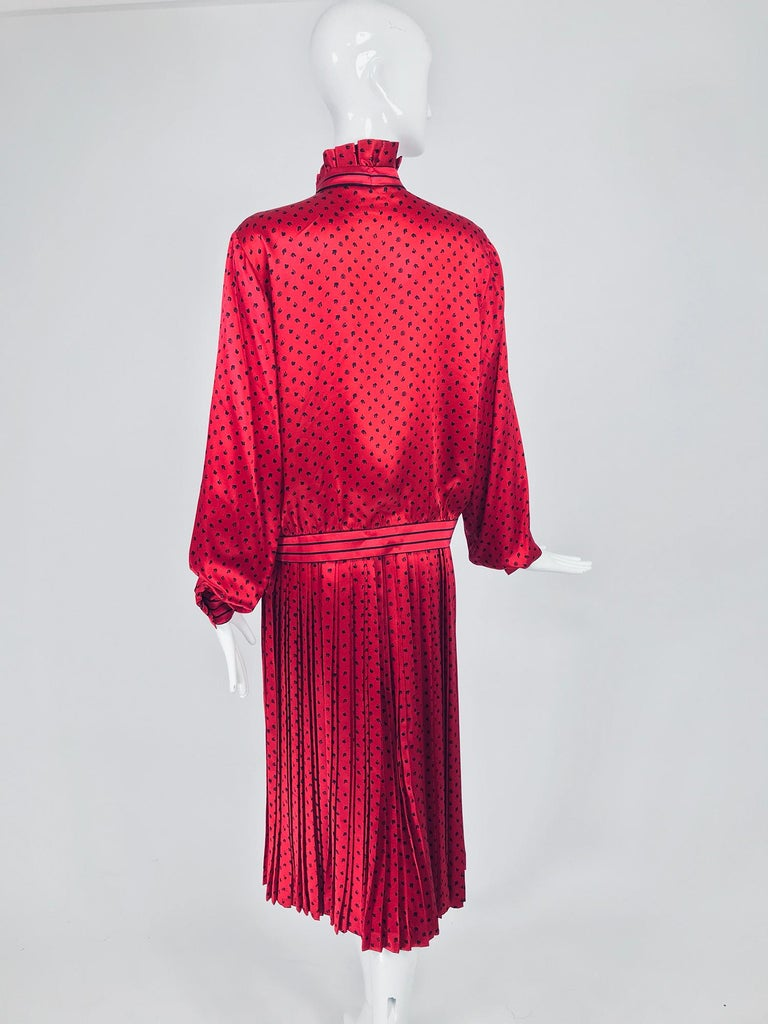 Nina Ricci Red Silk Satin Printed Blouse and Skirt set 1980s For Sale 1