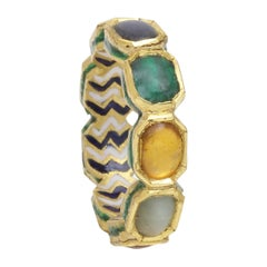 Nine Gems Eternity Band in 18 Karat Yellow Gold with Enamel