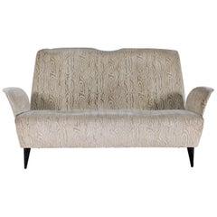 Nino Zoncada Midcentury Wood and Beige Velvet Two-Seat Sofa, Italy, 1950s