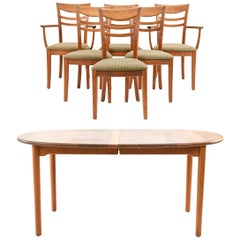Nissen & Gehl Naver Collection Dining Suite