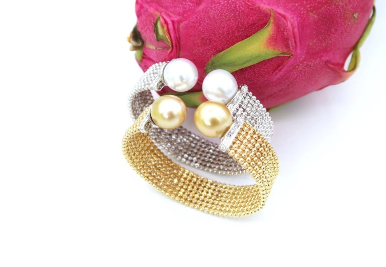 Easy-to-Wear Spring Open Bangle in 18K Gold w/ Diamonds & White South Sea Pearls For Sale 4