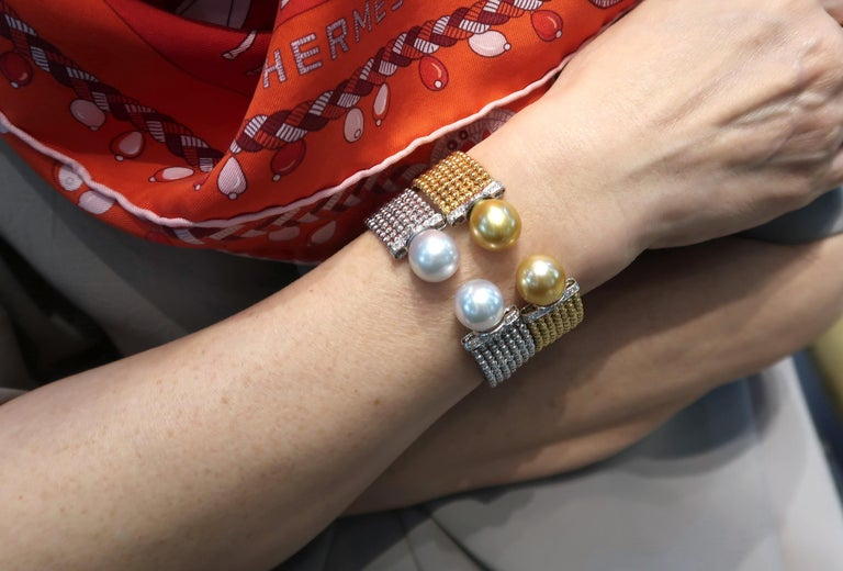 Easy-to-Wear Spring Open Bangle in 18K Gold w/ Diamonds & White South Sea Pearls For Sale 6