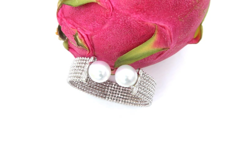 Easy-to-Wear Spring Open Bangle in 18K Gold w/ Diamonds & White South Sea Pearls For Sale 3