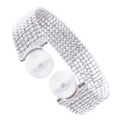 No Closure Easy to Wear Spring Bracelet White Gold Diamond South Sea Pearls