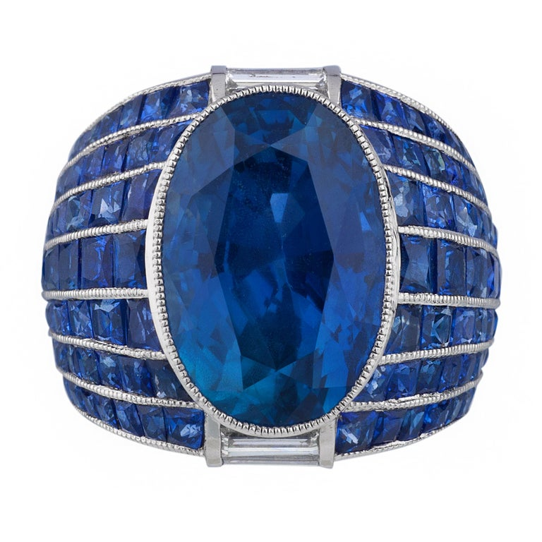 No Heat Burma Sapphire Platinum Ring In Excellent Condition For Sale In Sarasota, FL