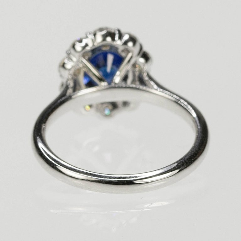 No Heat Sapphire and Diamond Gold Ring In New Condition For Sale In Sarasota, FL