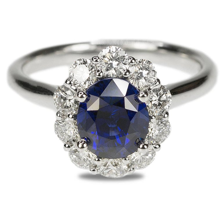 No Heat Sapphire and Diamond Gold Ring For Sale 1