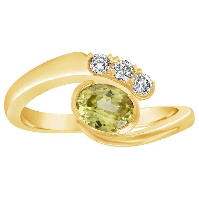 Roman Malakov, No Heat Yellow Sapphire and Diamond Bypass Ring For Sale