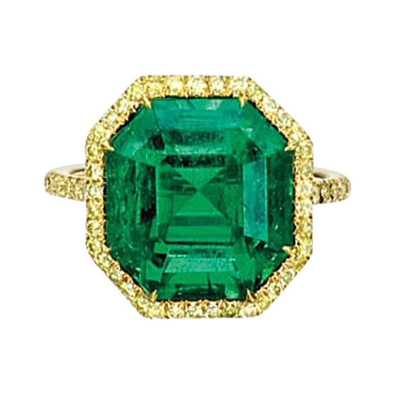 No Oil Colombian Emerald and Diamond Ring For Sale