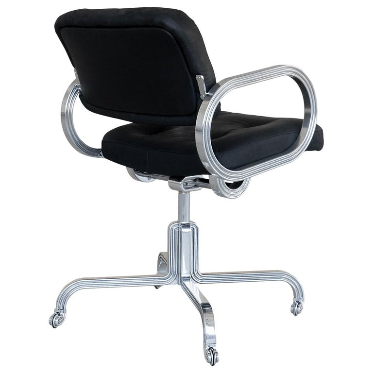 Nº129 Profession Chair by Avoirdupois - A leather and metal swivel office chair For Sale