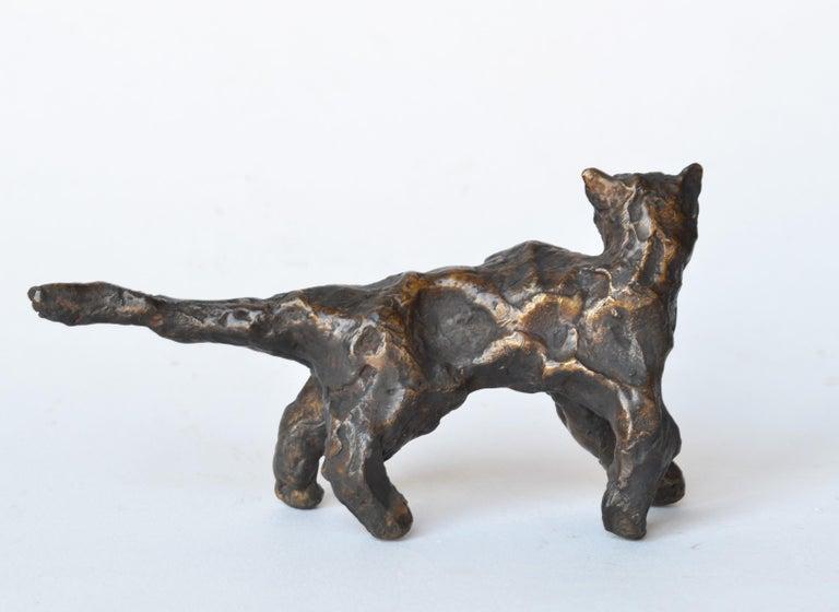 Cat Under the Bridge -miniature cat bronze sculpture by NY artist Noa Bornstein - Contemporary Sculpture by Noa Bornstein