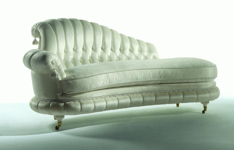 Nobile Italian Dormeuse in Velvet with Button Tufted Backrest by Zanaboni In New Condition For Sale In MEDA, IT