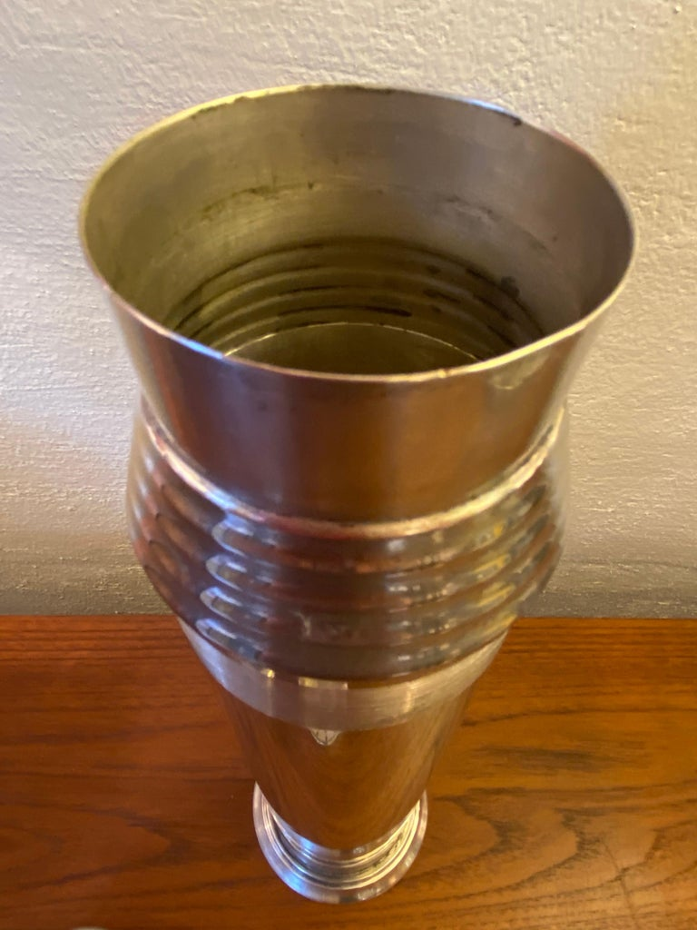 """""""Nocturne"""" Silverplate Cocktail Shaker by Saunders and Switzer for Benedict In Good Condition For Sale In Philadelphia, PA"""