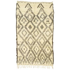 Nomadic Modern Beni Ourain Moroccan Rug with Tribal Style, Beni Ourain Rug