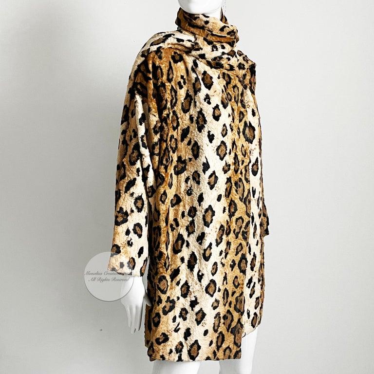Norma Kamali Leopard or Tiger Print Shawl Collar Jacket Vintage 90s  For Sale 7