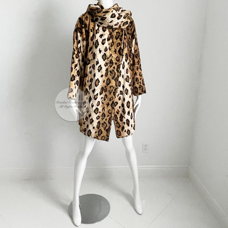 Norma Kamali Leopard or Tiger Print Shawl Collar Jacket Vintage 90s  For Sale 3