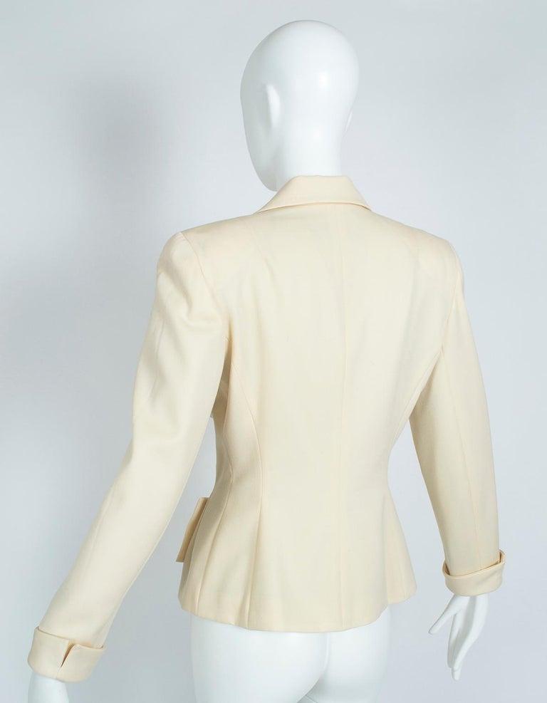 Norma Kamali Winter White Bar Jacket Peplum Blazer – US 2, 1980s In Excellent Condition For Sale In Phoenix, AZ