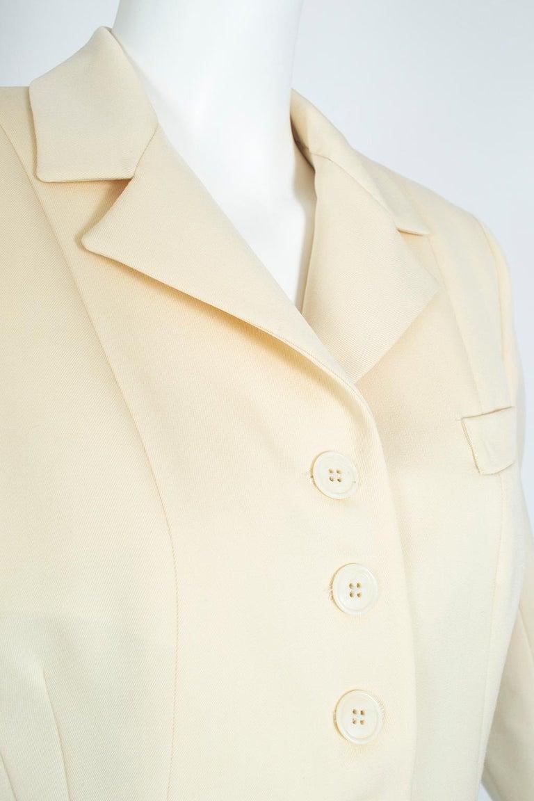 Norma Kamali Winter White Bar Jacket Peplum Blazer – US 2, 1980s For Sale 2