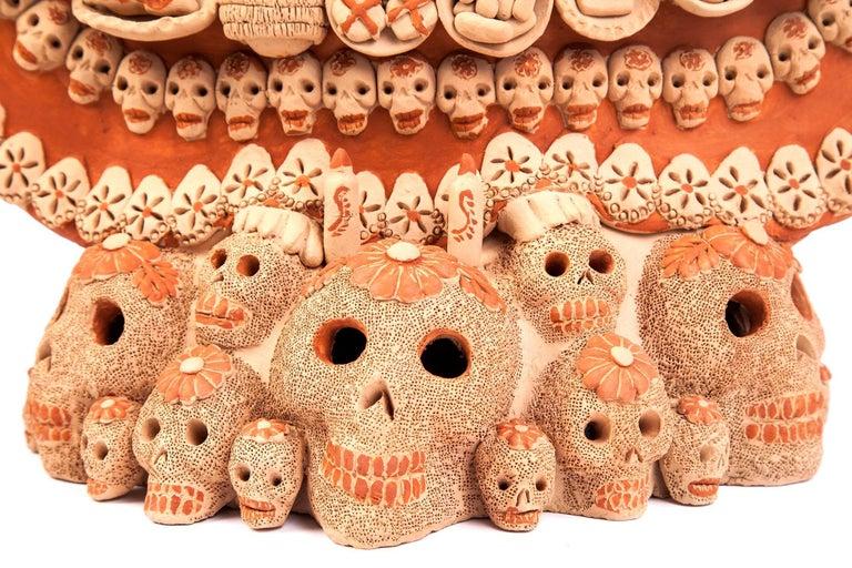 Catrina con Ofrenda de Muertos / Ceramics Mexican Folk Art Clay For Sale 2