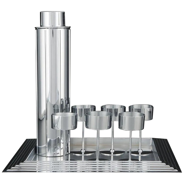 Norman Bel Geddes Manhattan Skyscraper Cocktail Set, an Icon of Revere Art Deco For Sale