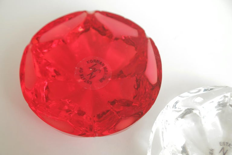 Norman Mercer Red and Clear Lucite Flower Paperweights Desk Accessory Pair Of For Sale 4