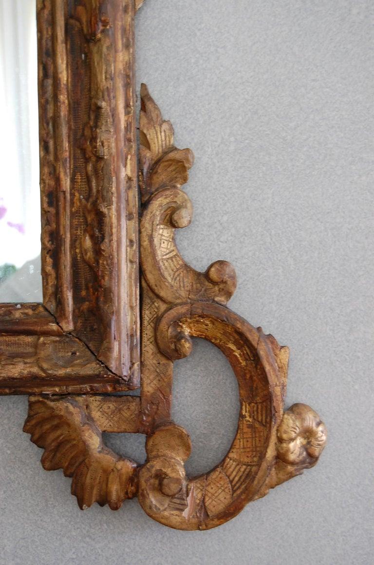 Northern Italian Rococo Giltwood Mid-18th Century Mirror For Sale 3