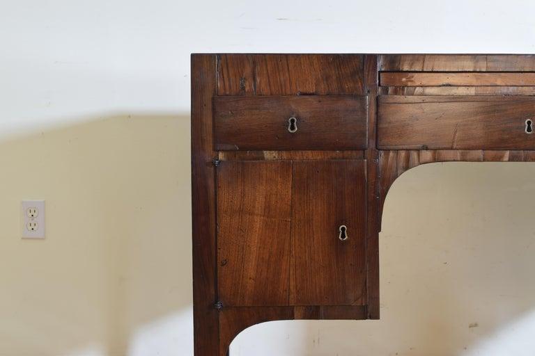 Northern Italian, Veneto, Walnut Neoclassic Period Writing Desk, early 19th cen For Sale 7