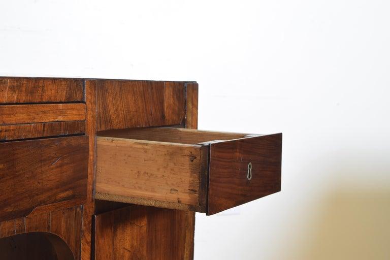 Northern Italian, Veneto, Walnut Neoclassic Period Writing Desk, early 19th cen For Sale 8