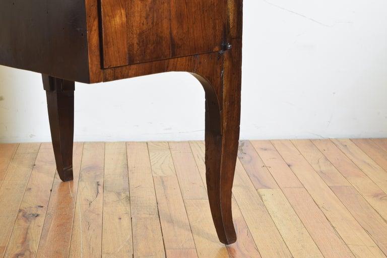 Northern Italian, Veneto, Walnut Neoclassic Period Writing Desk, early 19th cen For Sale 11