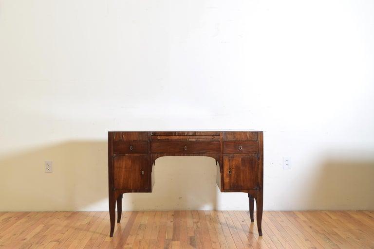 Northern Italian, Veneto, Walnut Neoclassic Period Writing Desk, early 19th cen For Sale 1