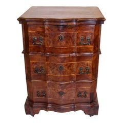 Northern Italian Walnut Chest of Drawers