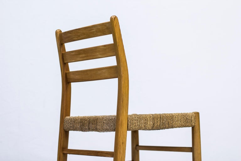 Norwegian 1960s Dining Chairs in Pine by Harry Moen In Good Condition For Sale In Stockholm, SE