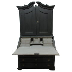 Norwegian Black Secretary Hutch