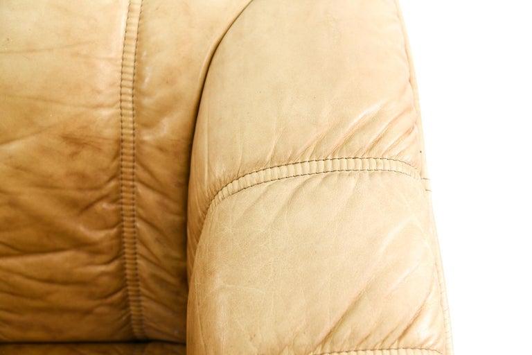 Norwegian Ekornes Sofa in Brandy Color Leather In Good Condition In Norwalk, CT