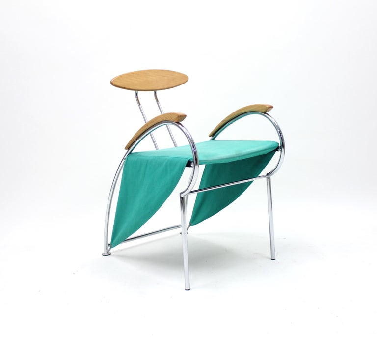 Notorious chair by Massimo Iosa Ghini for Moroso designed in 1988. A true post modernist masterpiece which is quite rare on the market. This piece is an early example in an untouched original condition. Light stain on the seat, otherwise in a very