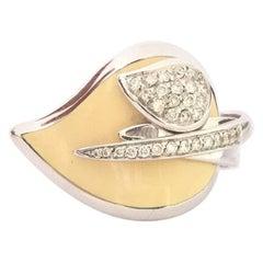 Nouvelle Bague Enamel and Diamond Leaf Ring A2410BIN
