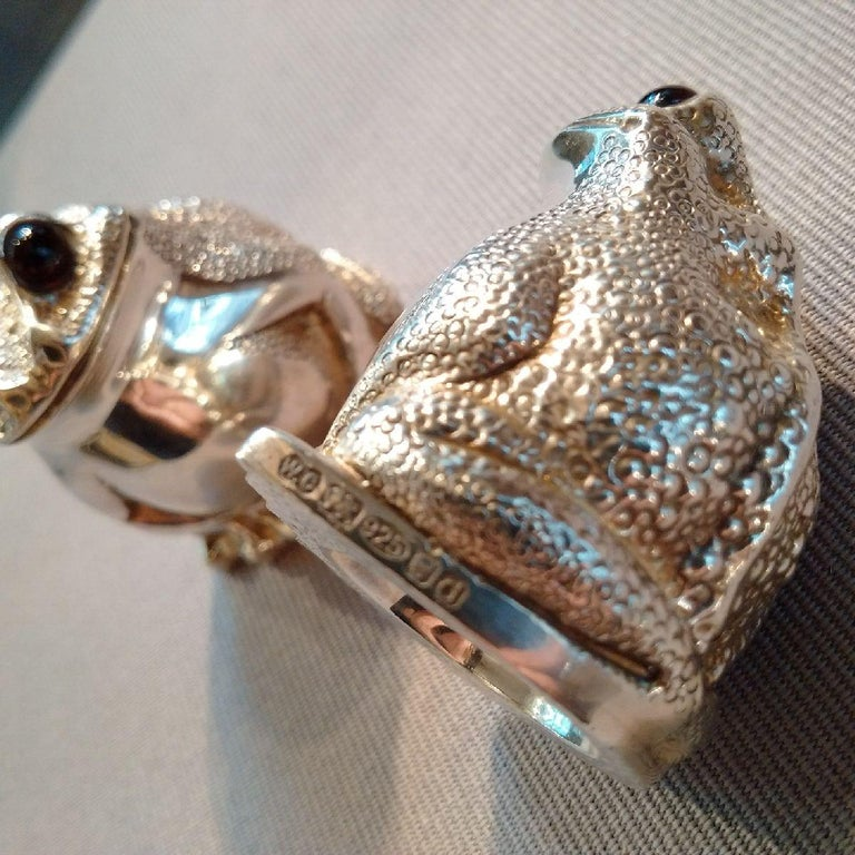 Other Novelty Sterling Silver Frog Condiment Set by William Comyns, London For Sale