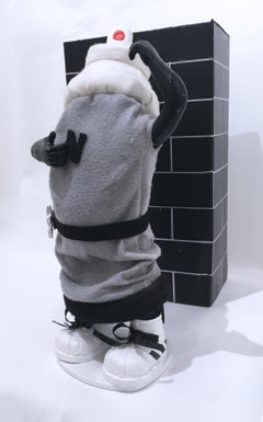 Can Man (Make Graffiti Fun Again), animatronic dancing spray can, black & gray