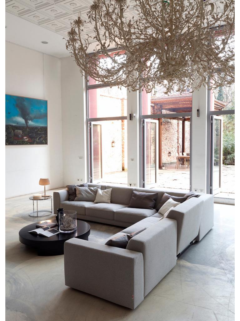 Modern Nube Italia Bryant 012 Sofa in Dark Gray Fabric by Marco Corti For Sale
