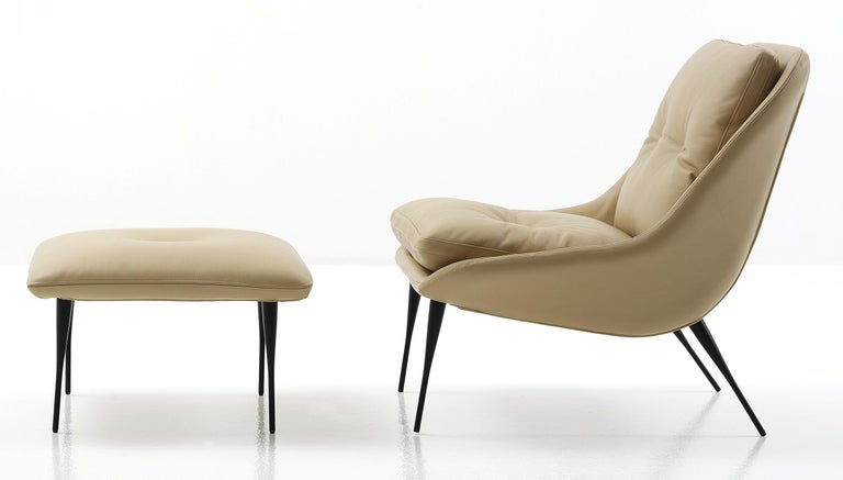 Modern Nube Fency Armchair with stool in blue fabric or many other fabrics/leathers For Sale