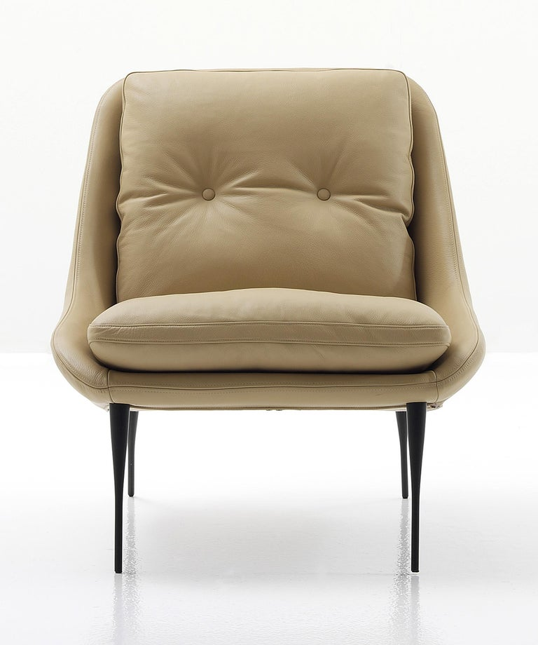 Italian Nube Italia Fency Armchair in Light Brown Leather with Cushion by Marco Corti For Sale